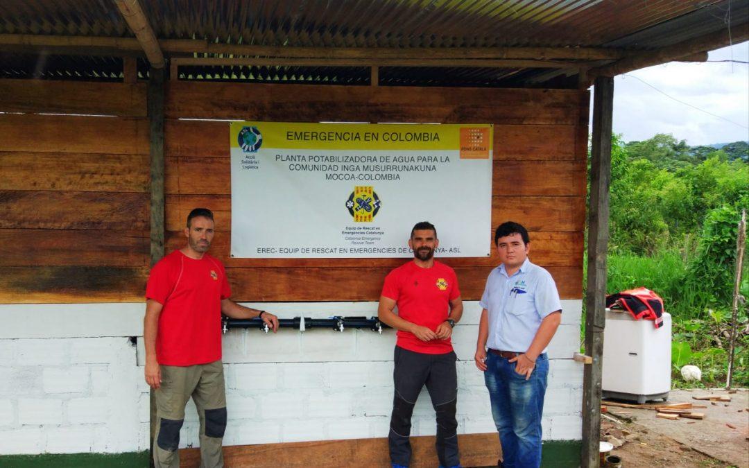 Instal·lació d'una màquina potabilitzadora d'aigua a Colòmbia després de les esllavissades del 2017